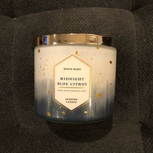 White Barn by Bath and Body Works Candle